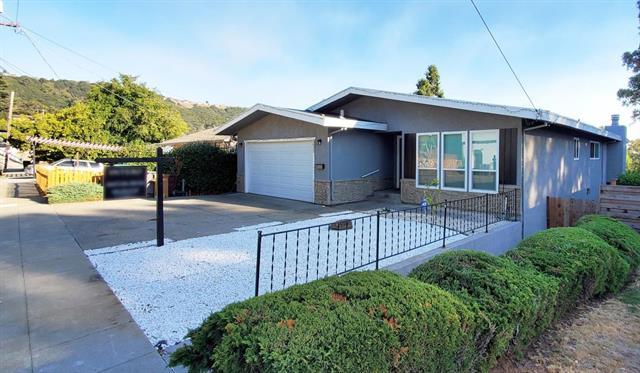 5025 Daisy Street Oakland CA 945619